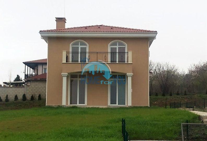 Духэтажный элитный дом в селе Близнаци рядом с Варной