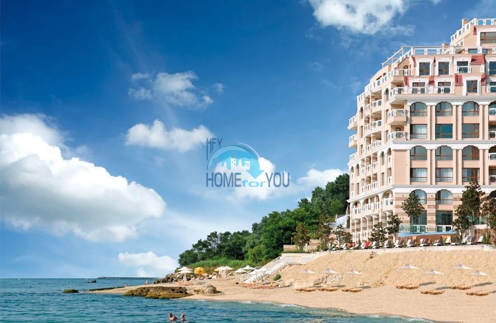«La Mer Residence» – пятизвездочный комплекс класса люкс на самом берегу моря в крупном курортном городе Варна
