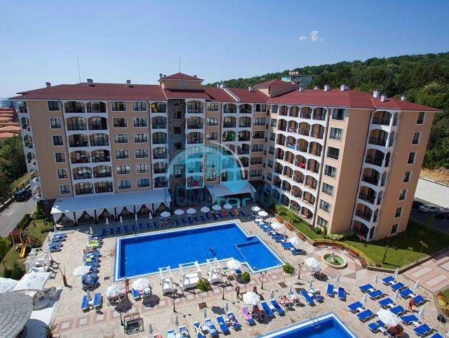 Элитная двухкомнатная квартира в курорте Золотые Пески, Bendita Mare