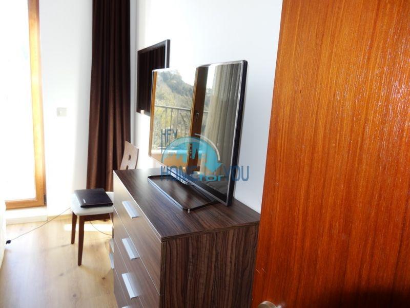 Квартира с мебелью на первой линии с видом на море - Золотые пески 8