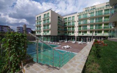 Недорогая двухкомнатная квартира у моря в городе Бургас, Сарафово