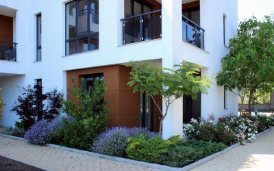Новая трехкомнатная квартира в жилом квартале Сарафово, город Бургас
