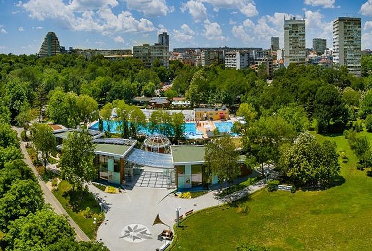 В городе Бургас проходит туристическая выставка «Ваш отпуск»